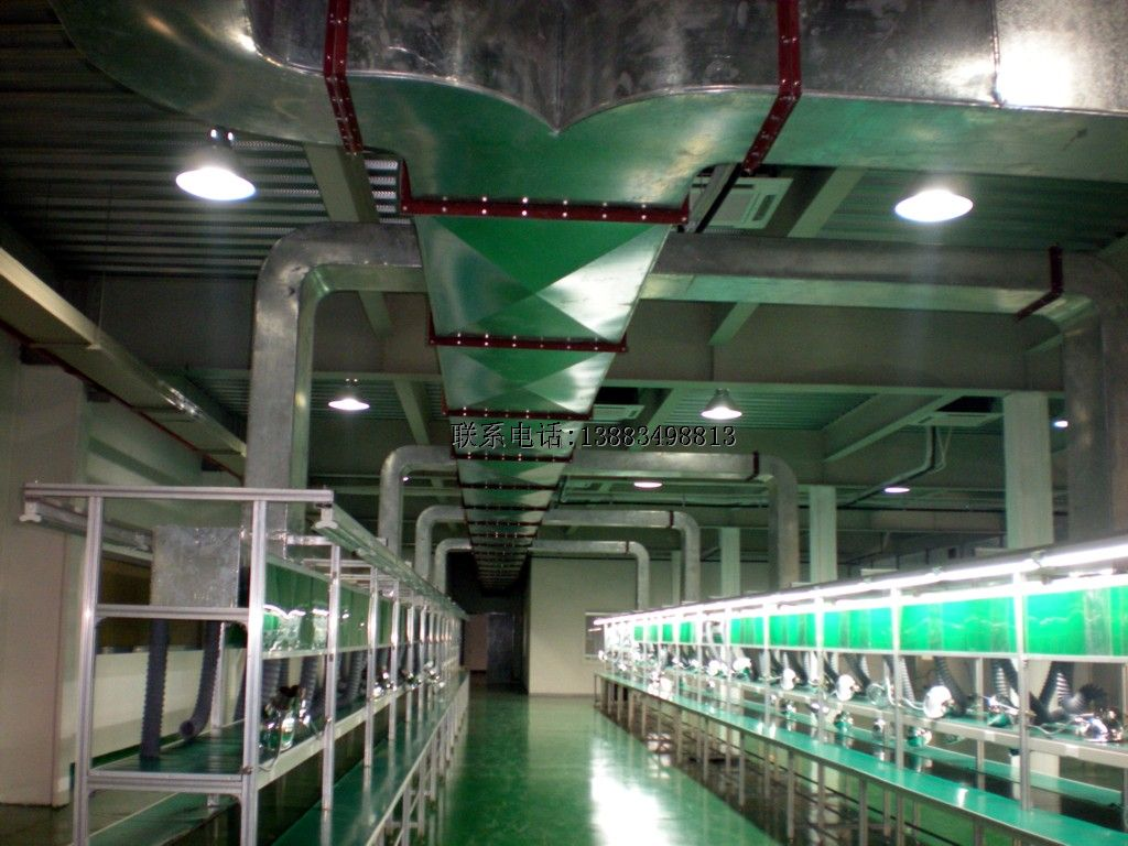 电子焊接车间白铁皮风管安装系统